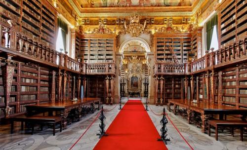 biblioteca-joanina-e1528885134801
